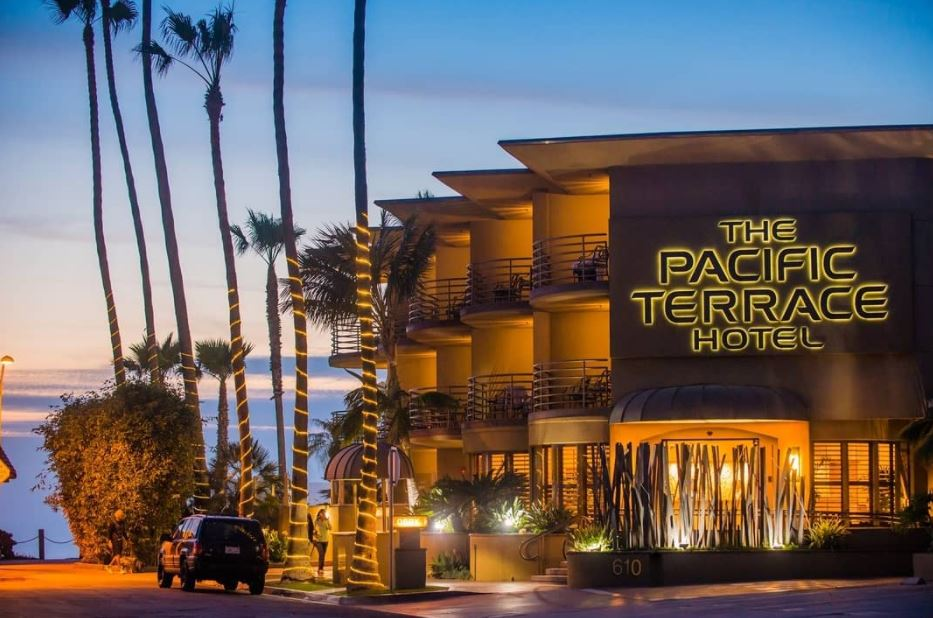 PACIFIC TERRACE HOTEL in Pacific Beach, California