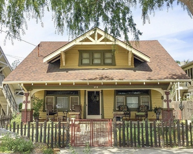 Craftsman bungalow style architecture
